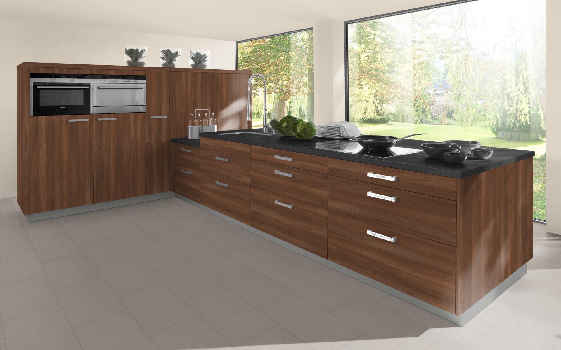 Classic Woodgrain Kitchen Door in Aida Walnut